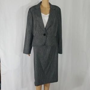 Sweet Suit Women's Skirt Suit Gray